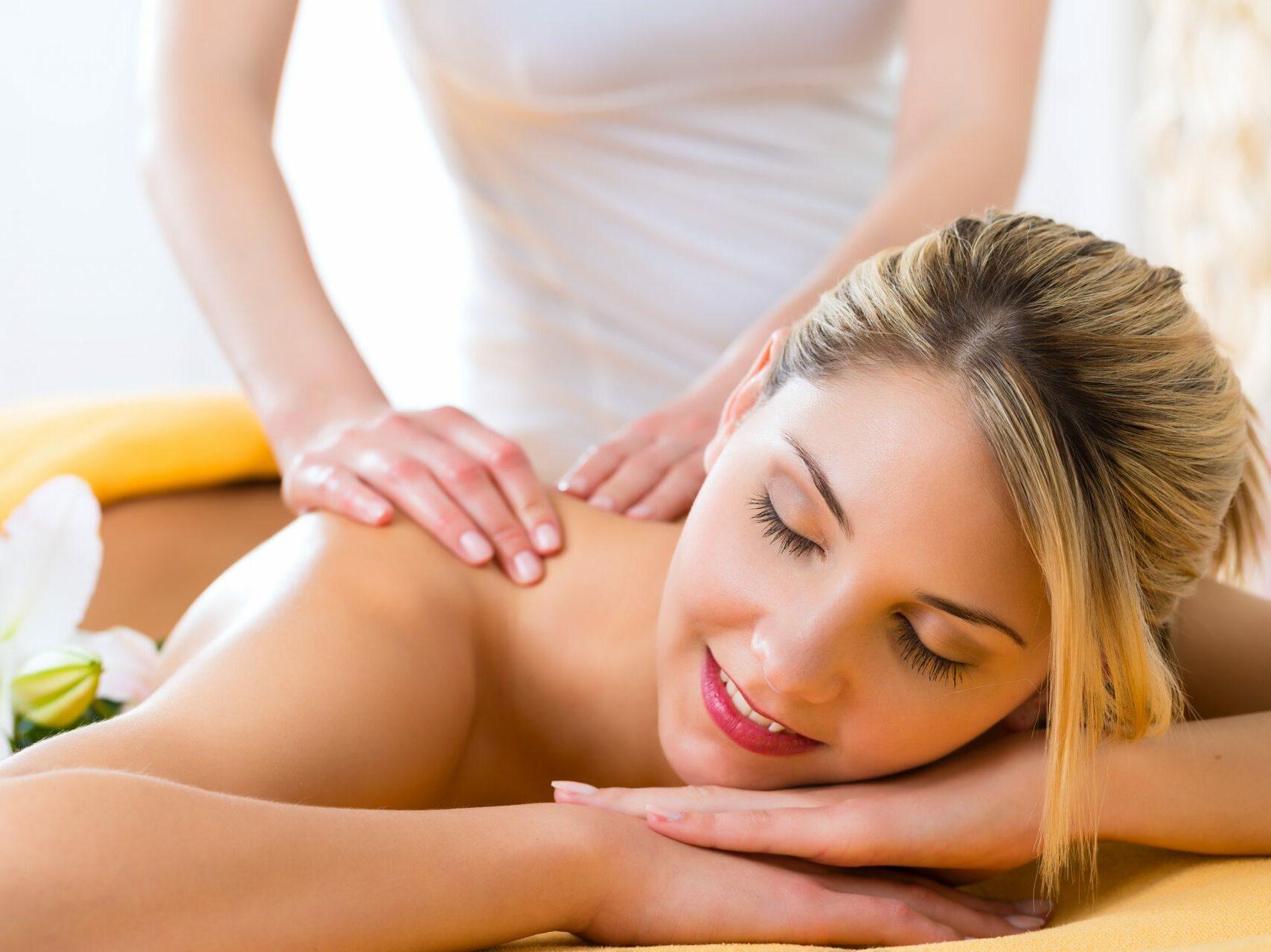 Massage, Gesundheitszentrum, Entspannung, Verwöhnung, Therme, Bad Steben, Arrangement, Pauschale